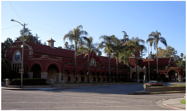 photo of the A. K. Smiley Public Library, Redlands, California