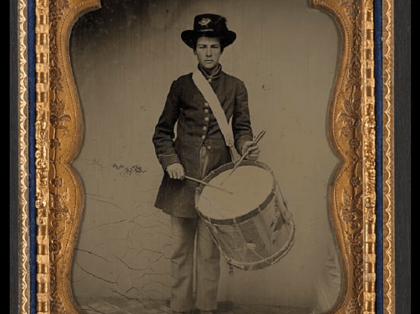 Photo: unidentified young drummer boy in Union uniform. Credit: Library of Congress, Prints and Photographs Division.