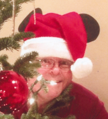 photo of author Scott Phillips and his Christmas tree