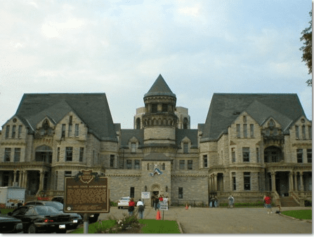 photto of the Ohio State Reformatory