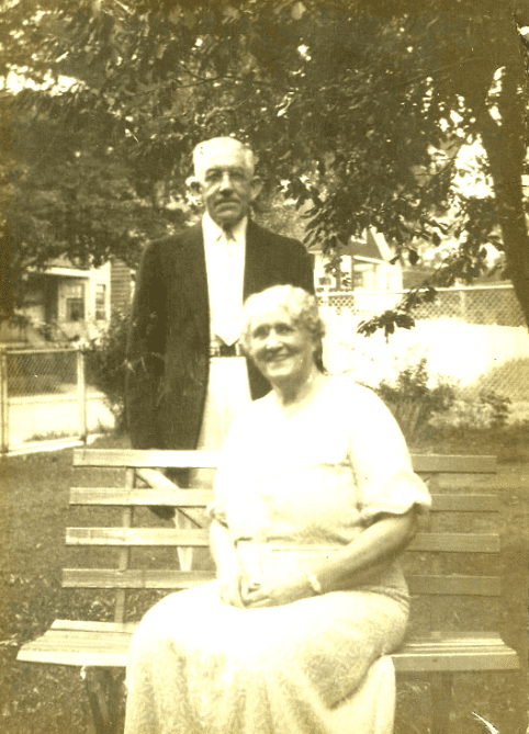 photo of John and Mary (Brown) Kemp
