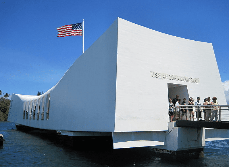 photo of the USS Arizona Memorial, Pearl Harbor, Hawaii
