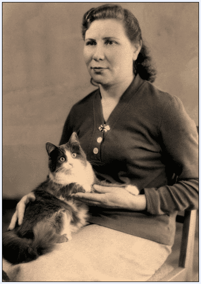 photo of an unidentified woman with her cat