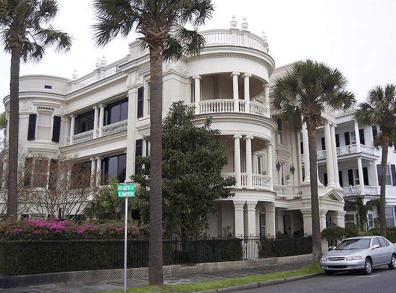 "photo of a historic home in ""The Battery,"" a neighborhood/park area in the downtown historic district of Charleston, South Carolina"
