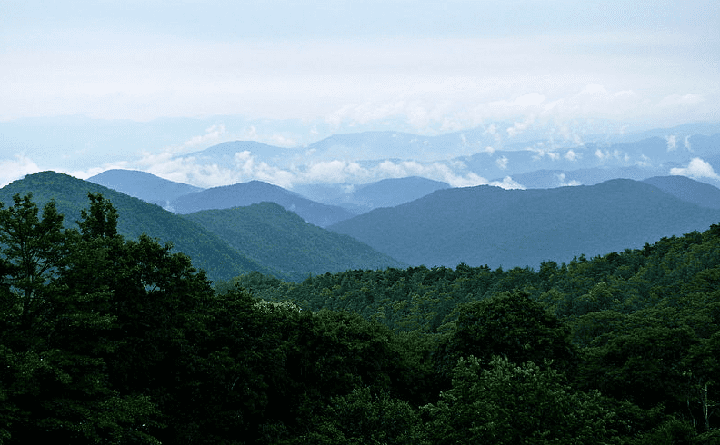 photo of the Blue Ridge Mountains, North Carolina