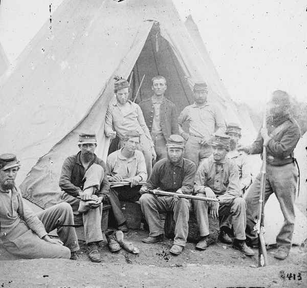 photo of a group of Union soldiers of Company G, 71st New York Volunteers, 1861