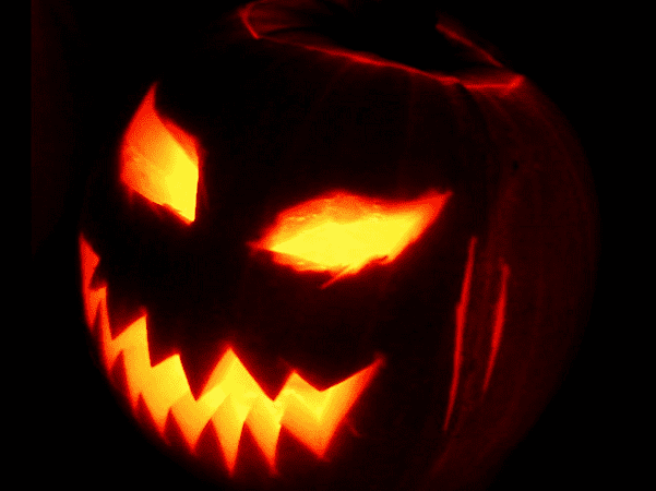 Photo: a Jack o' Lantern. Credit: Toby Ord; Wikimedia Commons.