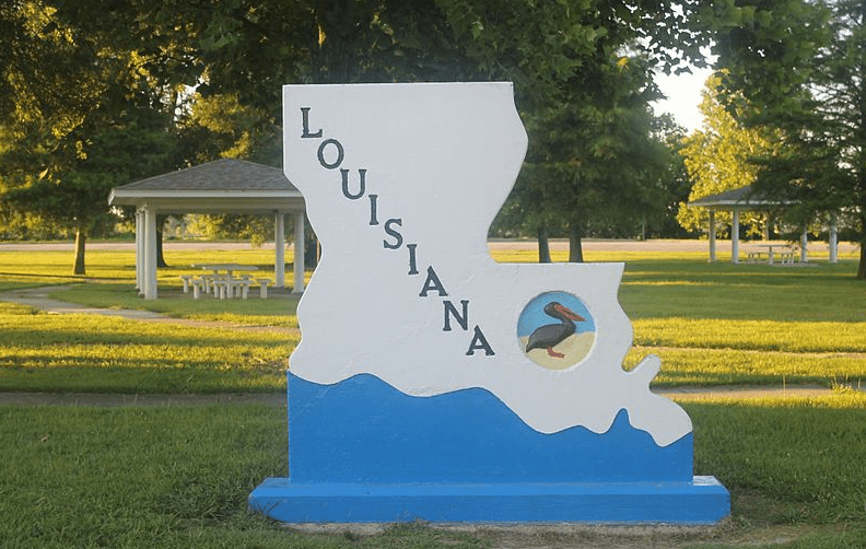 photo of a Louisiana entrance sign off Interstate 20 in Madison Parish, east of Tallulah