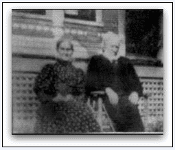 Photo: Elbridge Gerry and Julia Clifford (Hanson) Sawyer