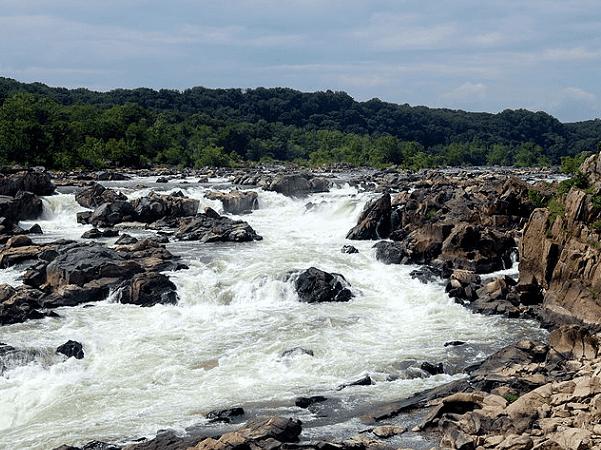 Photo: Great Falls on the Potomac River, Maryland. Credit: Joe Calhoun; Wikimedia Commons.