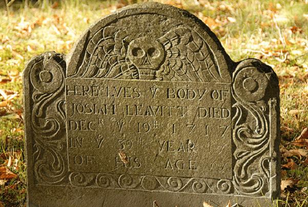 Photo: granite gravestone of Josiah Leavitt (1679–1717), Hingham Center Cemetery, Hingham, Plymouth County, Massachusetts. Credit: Dee E. Warenycia; Wikimedia Commons.