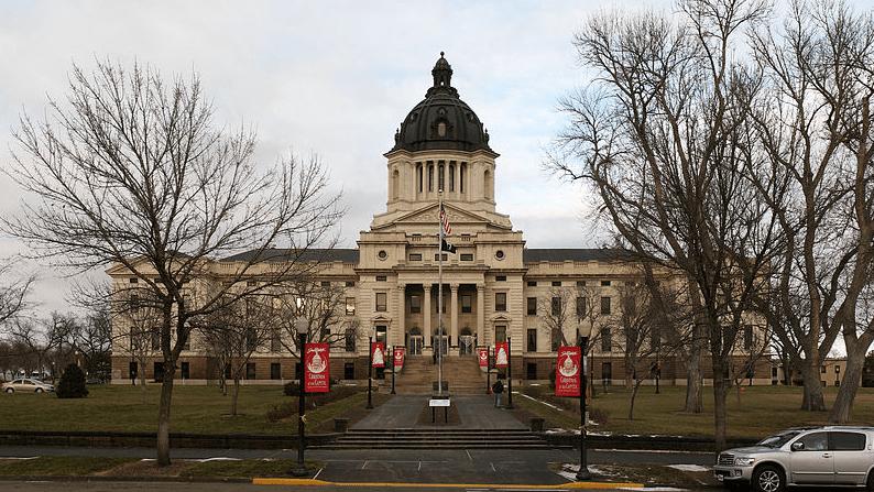 Photo: South Dakota State Capitol building in Pierre, South Dakota