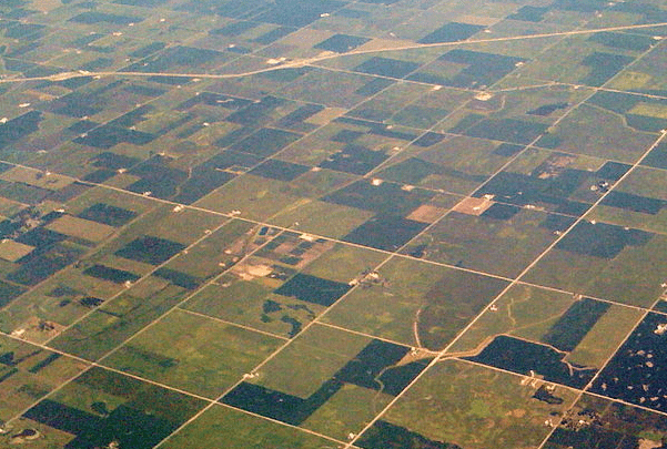 Photo: Indiana farmland. Credit: Wjmummert; Wikimedia Commons.
