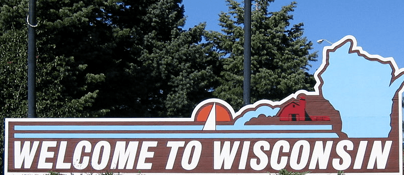 Photo: Wisconsin state welcome sign