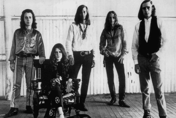 Photo: Janis Joplin & Big Brother and the Holding Company. L-R: David Getz, Janis Joplin, Sam Andrew, James Gurley and Peter Albin, c. 1967. Credit: Grossman Glotzer Management Corporation; Wikimedia Commons.
