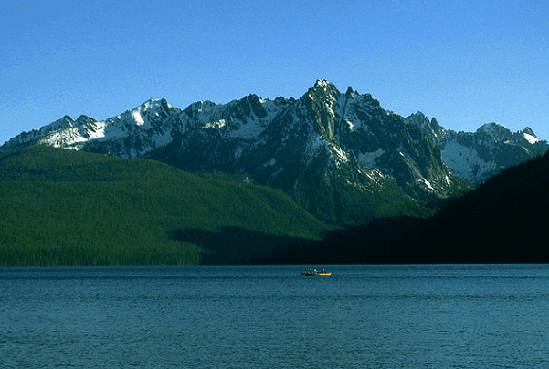 Photo: Redfish Lake and the Grand Mogul in the Sawtooth Range of Sawtooth National Recreation Area, Idaho. Credit: Karthikc123; Wikimedia Commons.