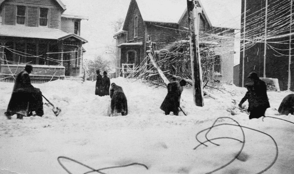 Photo: Cleveland digs out after the Great Lakes Storm of 1913
