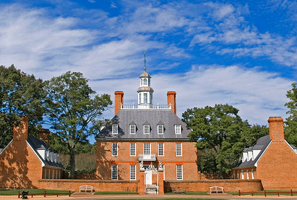 Photo: the Governor's Palace in Williamsburg, Virginia. Credit: Ron Cogswell; Wikimedia Commons.