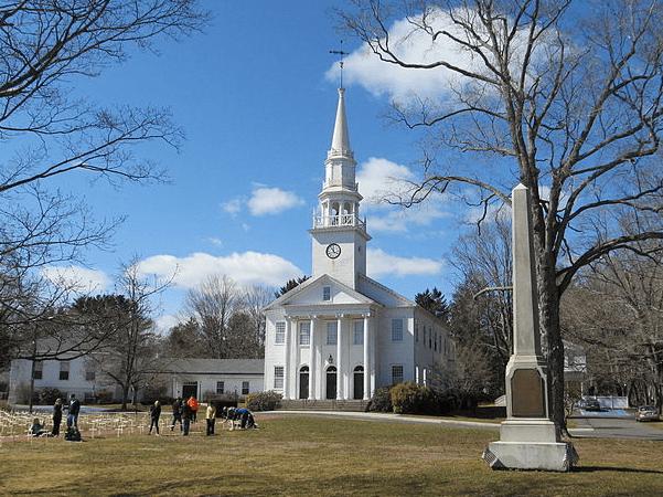 Photo: First Congregational Church, Cheshire, Connecticut. Credit: John Phelan; Wikimedia Commons.