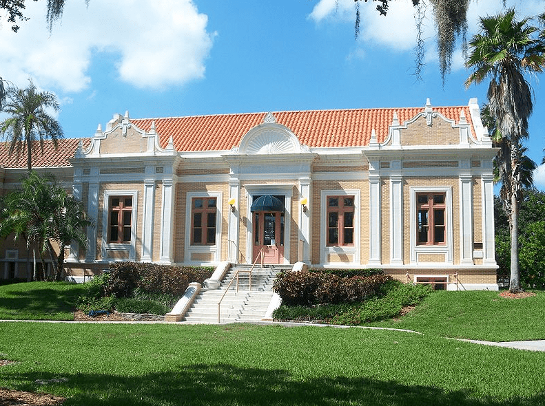 Photo: St. Petersburg Public Library (aka Mirror Lake Library), a Carnegie Library built in 1915 in St. Petersburg, Florida