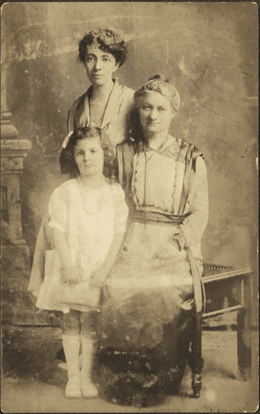 Photo: Hannah G. Solomon (right) with her daughter, Helen S. Levy, and granddaughter, Frances Levy Angel. Photographic postcard created in Colorado Springs, Colorado, 1918.