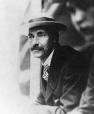 Photo: John Jacob Astor IV in 1909