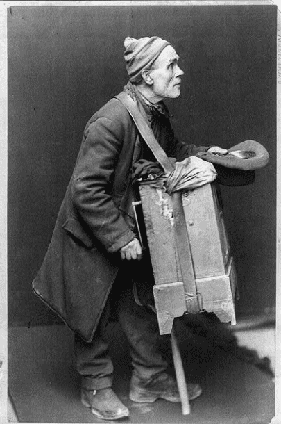 "Photo: ""The Organ Grinder"" (c. 1901)"