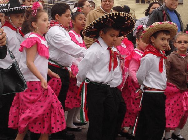 Photo: Cinco de Mayo parade in Saint Paul, Minnesota, 2007. Credit: Rena Dehler; Wikimedia Commons.
