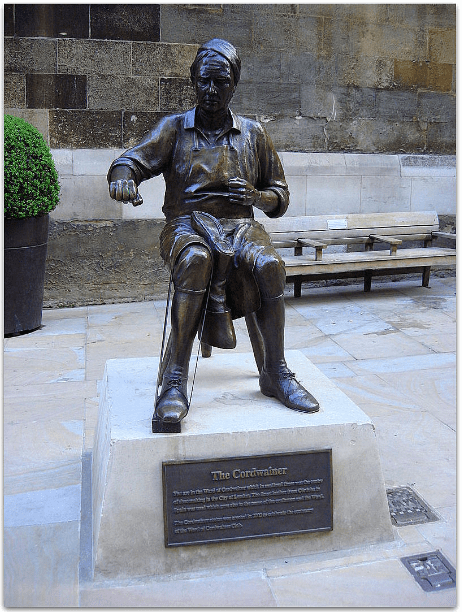 Photo: cordwainer statue on Watling Street, in the Cordwainer ward of the City of London, England