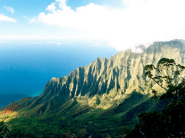 Photo: Na Pali Coast, Kauai, Hawaii. Credit: Jeff Kubina; Wikimedia Commons.