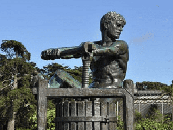 Photo: detail of the Apple Press Monument (a relic of the 1894 Mid-Winter Fair), Music Concourse, Golden Gate Park, San Francisco, California. Credit: Joe Mabel; Wikimedia Commons.