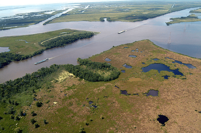 Photo: navigation on the Gulf Intracoastal Waterway (GIWW), where it intersects with Bayou Perot in Louisiana