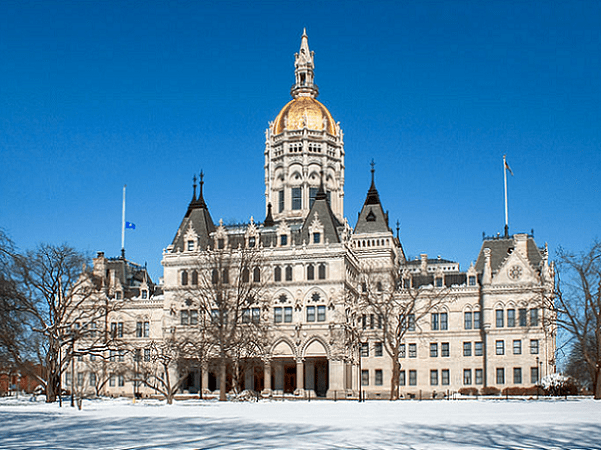 Photo: the Connecticut State Capitol, Hartford, Connecticut. Credit: Ragesoss; Wikimedia Commons.