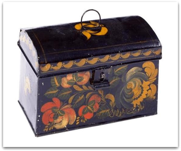 Photo: tinplate trunk, by Zachariah Brackett Stevens, c. 1815–1835