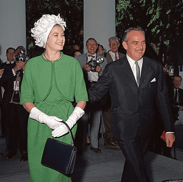 Photo: the Prince and Princess of Monaco arrive at the White House for a luncheon, 24 May 1961