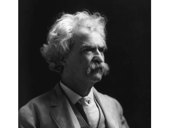 Photo: Mark Twain, by A. F. Bradley, 1907. Credit: Library of Congress, Prints and Photographs Division.