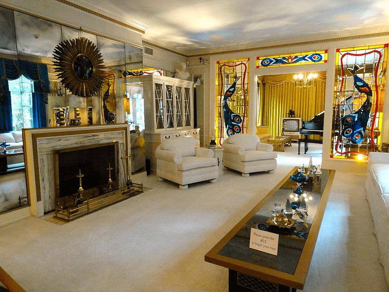 Photo: Graceland's living room