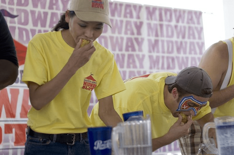 Photo: Midway Slots Crabcake Eating Competition, August 2005