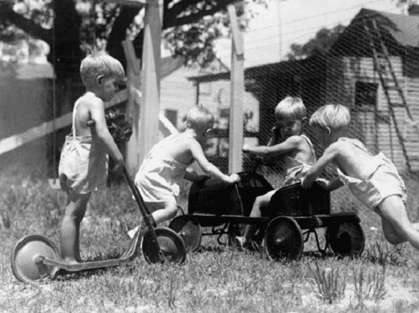 Photo: nursery school children in Pensacola, Florida, 11 June 1935. Credit: State Library and Archives of Florida; Flickr the Commons.