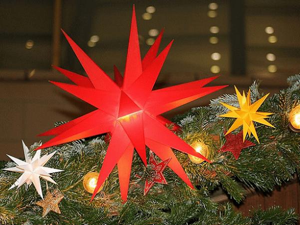 Photo: Christmas star, Germany. Credit: Kora27; Wikimedia Commons.