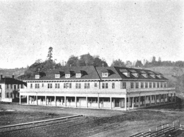 Photo: a view of the Willits Hotel in Willits, California, taken on 5 May 1903