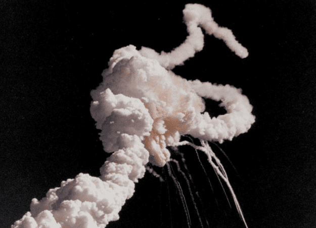 Photo: the explosion of the Challenger