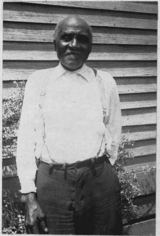 Photo: ex-slave Steve Connally, age 90, c. 1937
