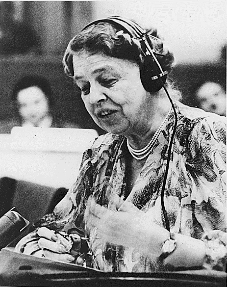 Photo: Eleanor Roosevelt speaking at the United Nations in July 1947