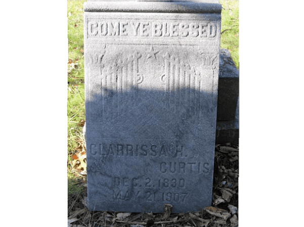 Photo: tombstone for Clara Curtis, Newaygo Cemetery, Newaygo, Michigan. Credit: Avalon Elizabeth Boullt; FamilySearch.