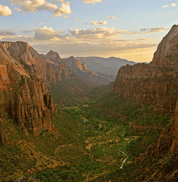 Photo: Zion Canyon at sunset in Zion National Park, southern Utah