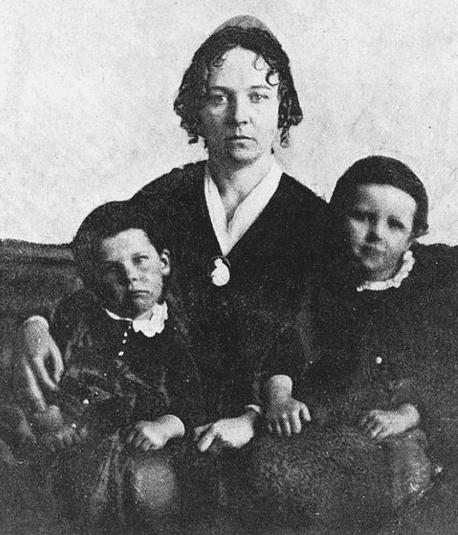 Photo: Elizabeth Cady Stanton in 1848 with two of her three sons, Daniel and Henry