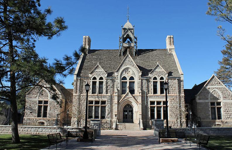 Photo: Cutler Hall, on the Colorado College campus, in Colorado Springs, Colorado