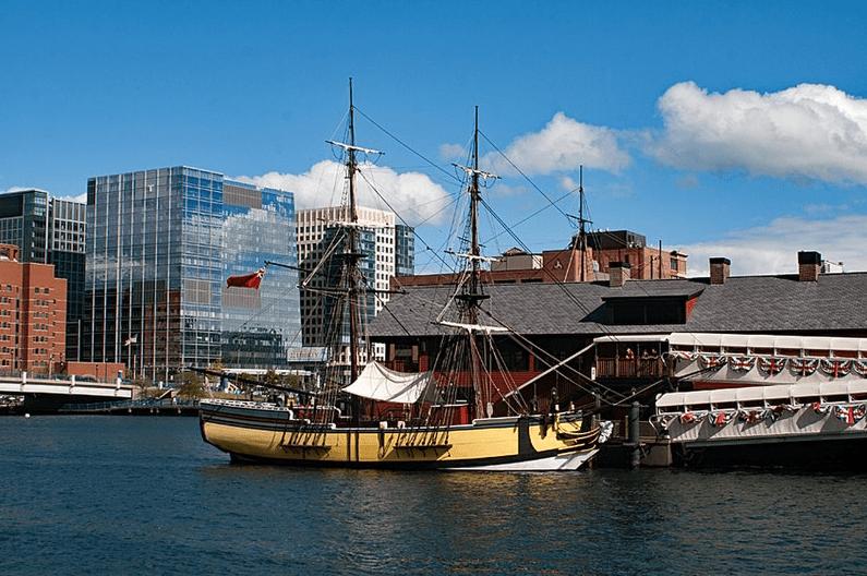 "Photo: replica of the ""Beaver"" in Boston Harbor, Massachusetts"