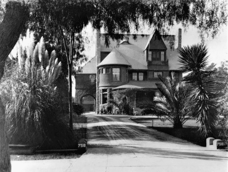 Photo: home of Mark and Annie Severance, Los Angeles, California